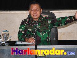 Jelang Tupdik Wadan Kodiklatal Beri Pembekalan Siswa Satdik-2 Makassar